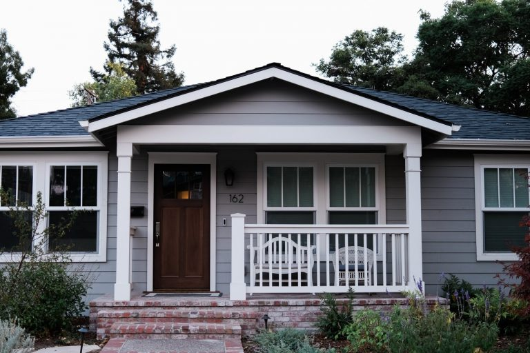 Getting Your House Exterior Painted? Take These Preparatory Steps First