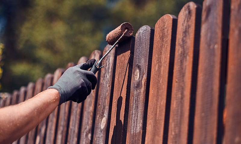 Fence Painting and Staining Calgary, Alberta